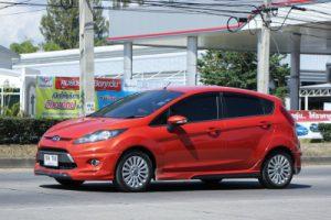 Oil system for mild hybrid vehicles